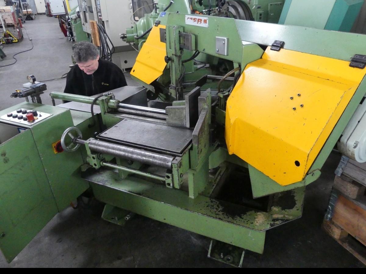 Ленточнопильный станок по металлу MEBA 380 фото на Industry-Pilot
