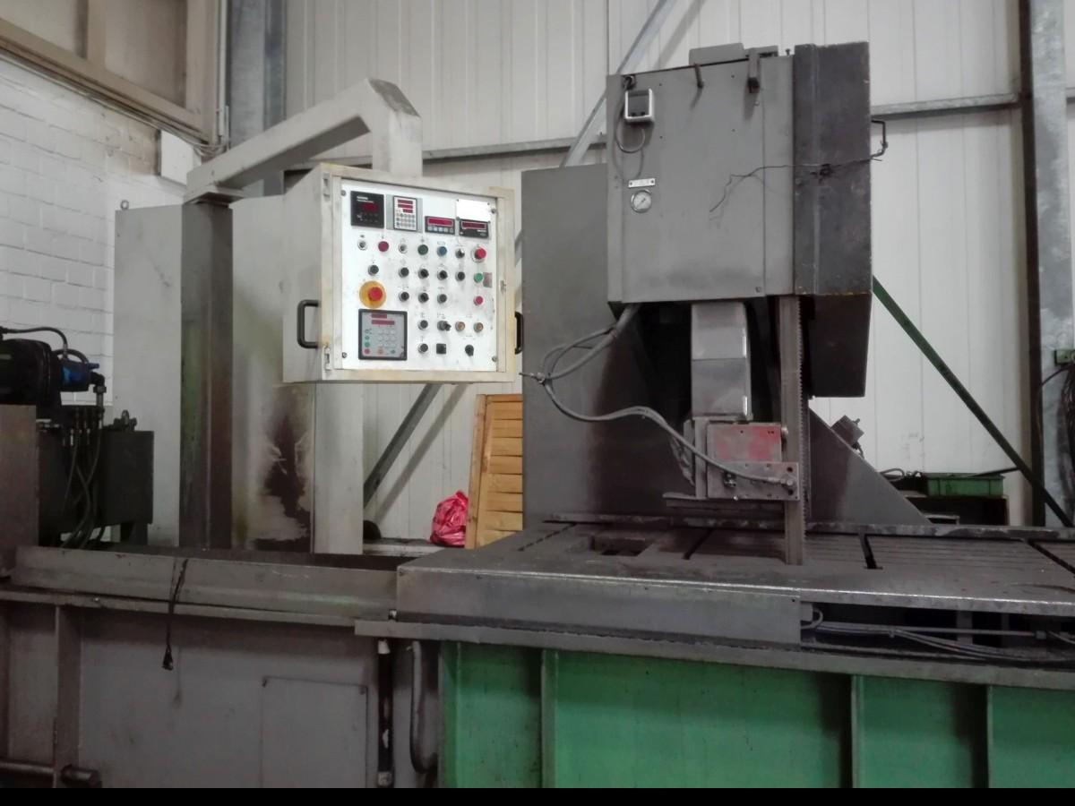 Ленточнопильный станок по металлу - вертик. BEHRINGER LPS-60-4 фото на Industry-Pilot