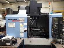 Обрабатывающий центр - вертикальный Doosan DNM 400 фото на Industry-Pilot