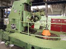 Gearwheel hobbing machine vertical PFAUTER P 1800 photo on Industry-Pilot
