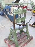Hand-Operated Fly Press Handspindelpresse 450 mm photo on Industry-Pilot
