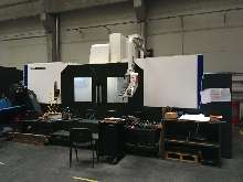 Обрабатывающий центр - вертикальный HYUNDAI WIA F 960 M купить бу