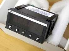 Servo motor Megatron  M105-V5 LV Rot 24V DC AC Regler Controller UNBENUTZT OVP photo on Industry-Pilot