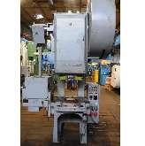 Эксцентриковый пресс - одностоечный SCHULER PD 63/250 фото на Industry-Pilot