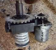Серводвигатели Getriebemotor für Drehzahlschaltung  aus MAHO Fräsmaschine MH 700C фото на Industry-Pilot