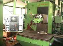 Bed Type Milling Machine - Universal HURON DX-TF photo on Industry-Pilot